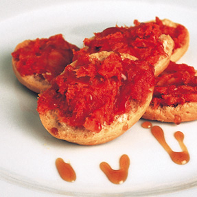 Crackers with Majorcan Sobrasada and Honey